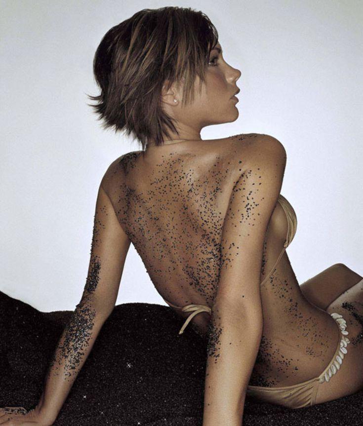 [Изображение: victoria-beckham-bikini-pic.jpg]